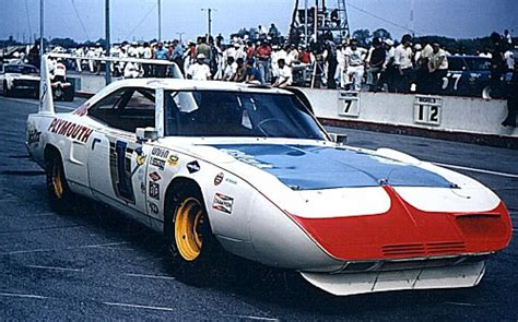rogers auto plymouth 1 hub plymouth roger mccluskey superbird fred cady 683