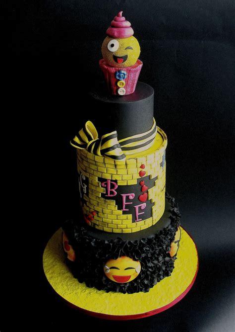 emoji cake cakecentralcom