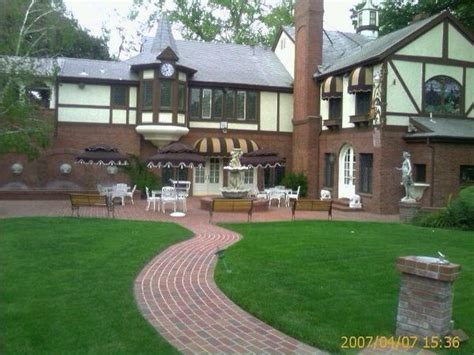 the jackson house havenhurst encino ca jackson family house jackson 5 jacksons pinterest