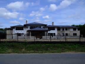 lebron house cleveland