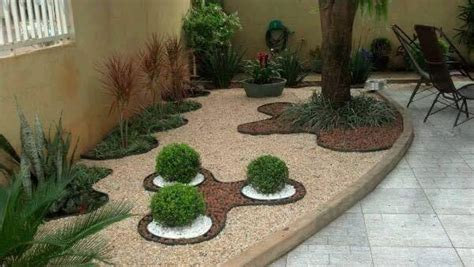 pebbles backyard backyard with pebble stone decoration design architecture and art worldwide