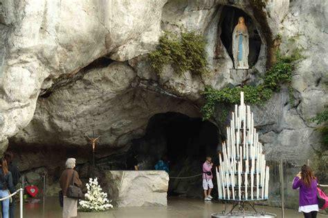 Wonderful What Does The Catholic Church Believe #4: Lourdes-Grotto.jpg