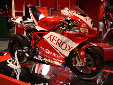 0007492898 information is beautiful new edition 2006 ducati 999 r xerox pics specs and information