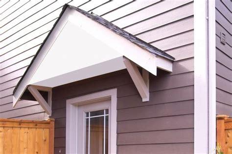 build  wood awning   door lovetoknow