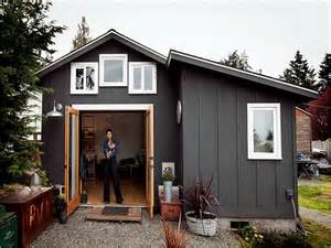 Tiny House With Garage Garage Converting A Garage Into A Tiny Home How To