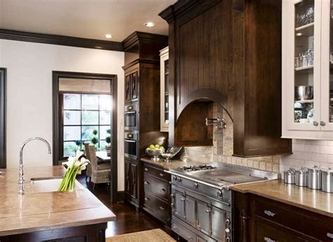 30 classy projects with dark kitchen cabinets home kitchen pictures dark brown cabinets dark brown kitchen