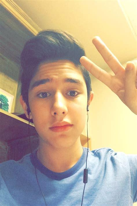Am Selfie boy selfie images usseek