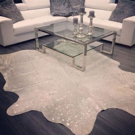 Cowhide Rugs Sydney - 1000 ideas about cowhide rug decor on living