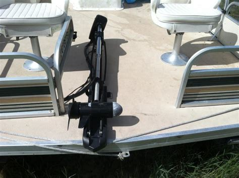 best trolling motor for pontoon boat pontoon boat trolling motor mount kit pontoon boats for