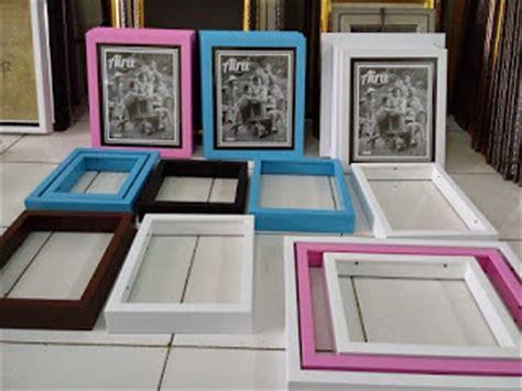 Frame Foto Bingkai Foto Family Mewah Murah galleri toko pembuat pigura foto murah di surabaya