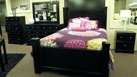Shay King Bedroom Set by Jaidyn Youth Bedroom Set From B150 52 53 83