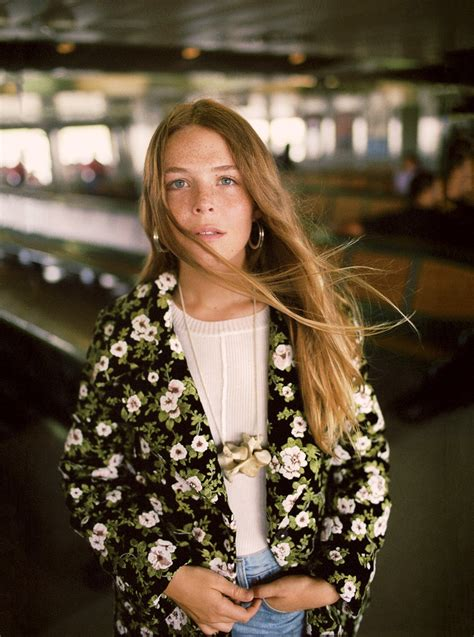 maggie rogers years meet maggie rogers the pharrell williams approved producer vogue