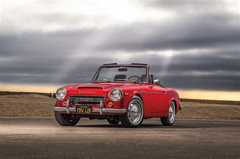vintage datsun convertible collectible classic 1967 1970 datsun 2000 roadster