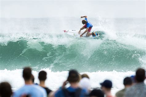 quiksilver surf film surfertoday com the ultimate surfing news website