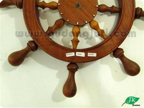 Kerajinan Ukir Kayu Jam Kapal Kerajinan Ukiran Souvenir Kayu jepara kreasi furniture souvenir