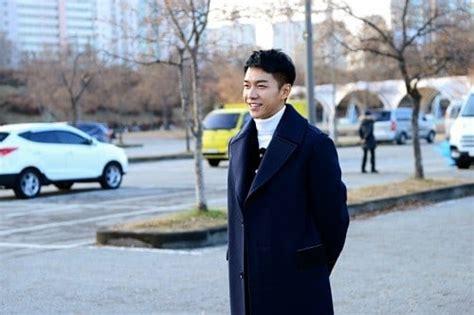 lee seung gi terbaru acara tv lee seung gi rilis foto teaser halookorea