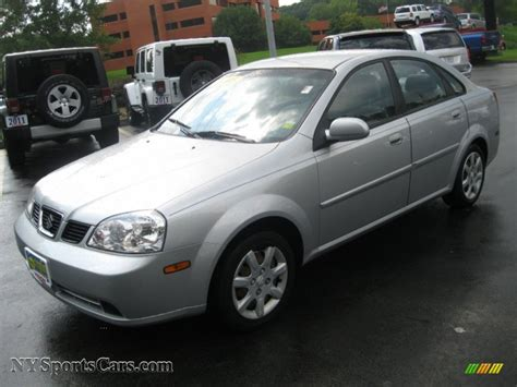 2005 suzuki forenza s sedan in titanium silver metallic