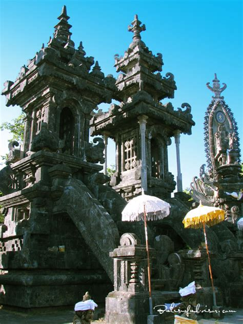 ponjok batu stone temple singaraja bali places  interest