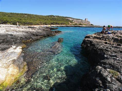 spiaggia porto selvaggio salento la spiaggia di porto selvaggio un paradiso incontaminato