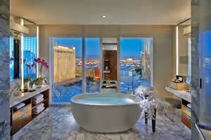 Mandalay Bay Top Floor Bar Las Vegas Top Hotel Suites Las Vegas Hotels And More