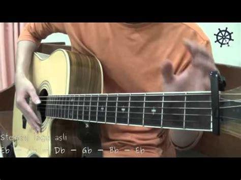 tutorial gitar jika kami bersama 5 menit belajar intro dan genjrengan gitar jika kami