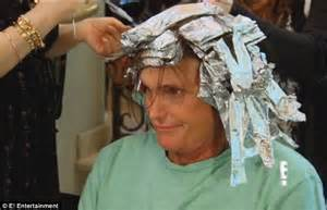 whays up with bruce jeeners hair bruce jenner gets his hair highlighted and cut into a