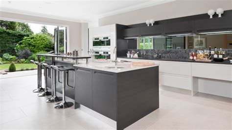 20 Astounding Grey Kitchen Designs   Home Design Lover