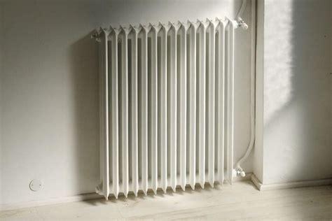 riscaldamento a pavimento o termosifoni riscaldamento riscaldamento tipologie di riscaldamento