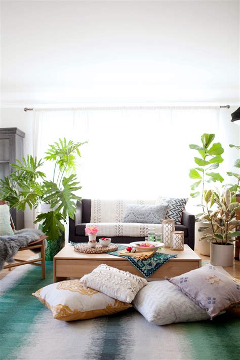 Bohemian Chic Living Room Makeover How To Style A Bohemian Living Room Makeover