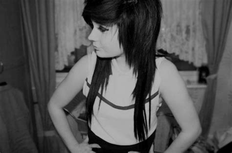emo hairstyles black and white black and white black hair cute emo girl image