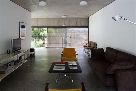 casa en arelauquen estudio ramos plataforma arquitectura casa y estudio en vila romana mmbb arquitetos