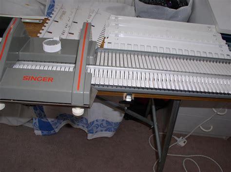 chunky knitting machine singer designer 2 chunky knitting machine outside black