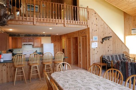 Point Cabins by Eagle S Nest Chalet Cedar Point Lodge Eagle Lake Ontario