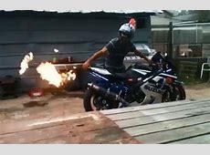 Hot Licks Exhaust Offers Custom Flame Throwers - autoevolution 2016 Suzuki Hayabusa