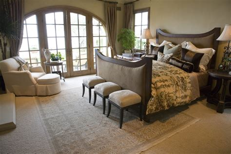 oversized master bedroom chair 10 beautiful master bedrooms with accent chairs