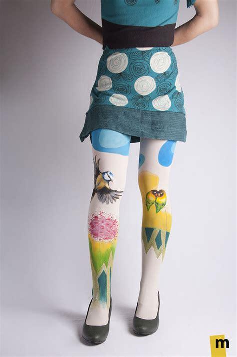 lukisan kaki  keren kreatif