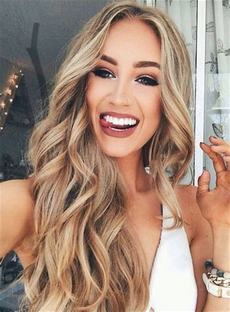 hair parting comes forward best 25 middle part hair ideas on pinterest collins