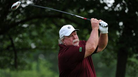 craig stadler golf swing craig stadler shares encompass chionship lead with