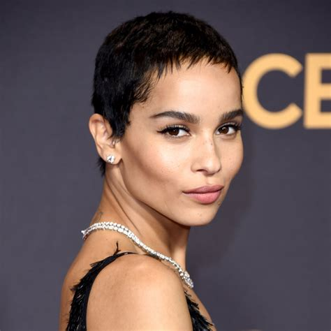 10 Hip And Zoe Kravitz Looks by Be Honest Do You Find Black With Light More
