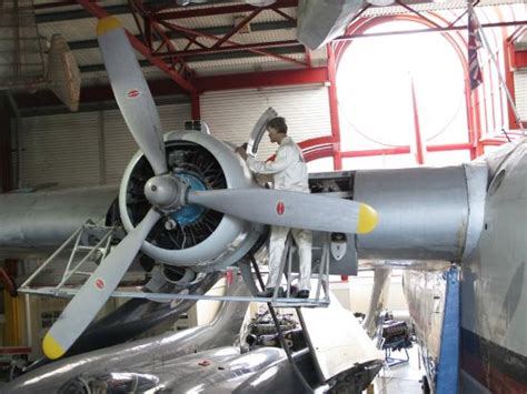 boat maintenance pictures flying boat maintenance picture of solent sky museum
