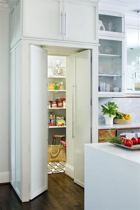 Kitchen With Walk In Pantry by Walk In Pantry Kitchens