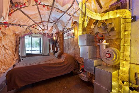Vintage Home Decor Nyc Retro Futuristic Steunk Loft Apartment In New York Idesignarch Interior Design