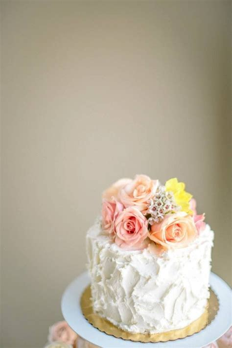 Flower Cake Decorations Ideas by Fresh Flower Cake Topper 04 20 13 Flower