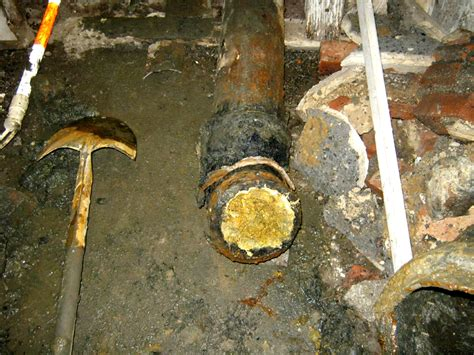 Plumbing Stoppages by Find Sewer Trap Or Locate House Sewer For Drain Cleaning