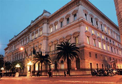 d italia roma sede d italia in quot dizionario di economia e finanza quot
