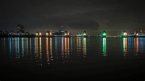 thames barrier at night notifications