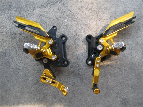 Disc Set Depan Belakang R15 Gold Cbr650f And Cb650f Rear Set By Bikers