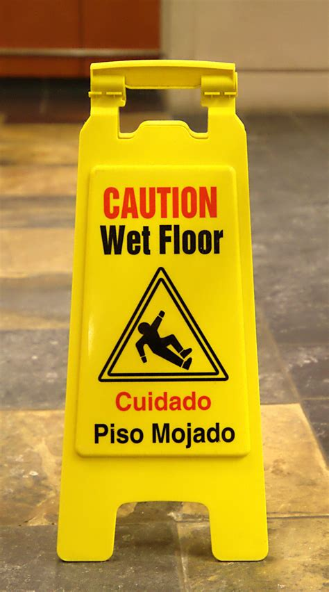 piso in spanish means wet floor sign wikipedia