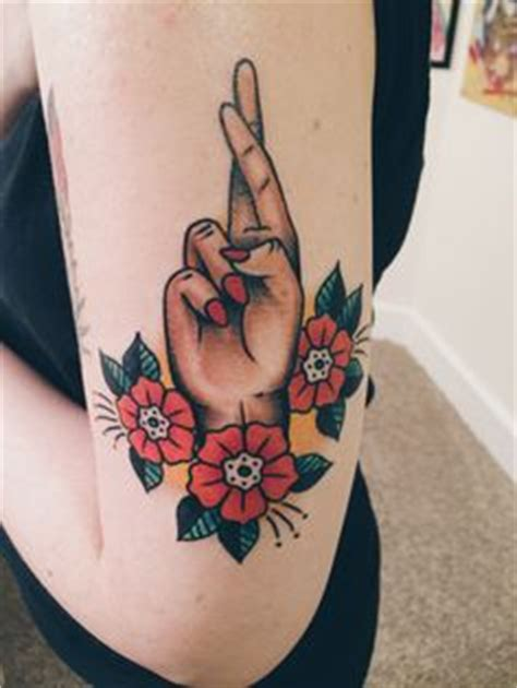 electric hand tattoo 100 tattoos every should see before she gets inked