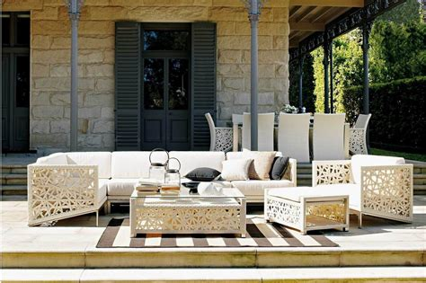 Outdoor Furniture For Patio by Checklist For Buying Outdoor Furniture For Your Patio